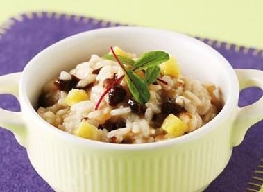 红豆红枣花生桂圆羹的做法桂圆黑豆粥的做法
